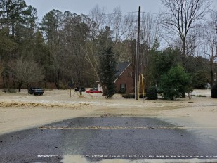 Dam failure due to heavy rainfall in South Carolina