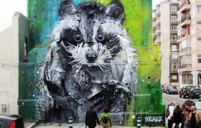 Portuguese street-artist turns trash into animal sculptures to raise awareness