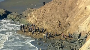Cliff collapse in Fort Funston, San Francisco: One woman trapped